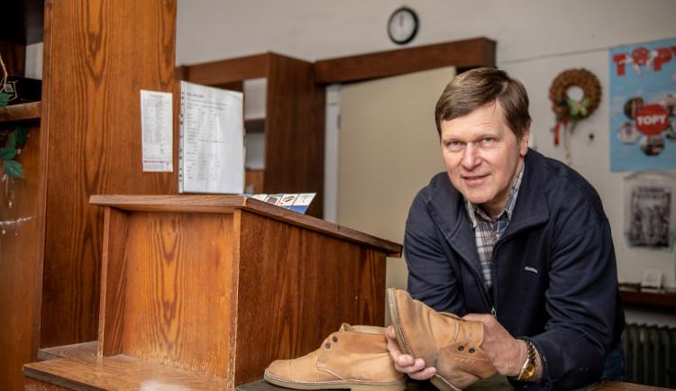 (NE)OBYČEJNÍ: Dnešní boty jsou prasečina. Ševci už bohužel nemají budoucnost, říká Jan Říha