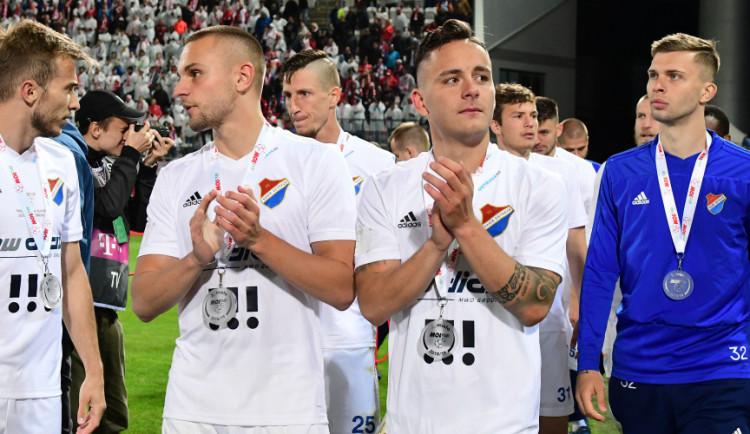 Fanoušci Ostravy po finále poháru napadli rozhodčího