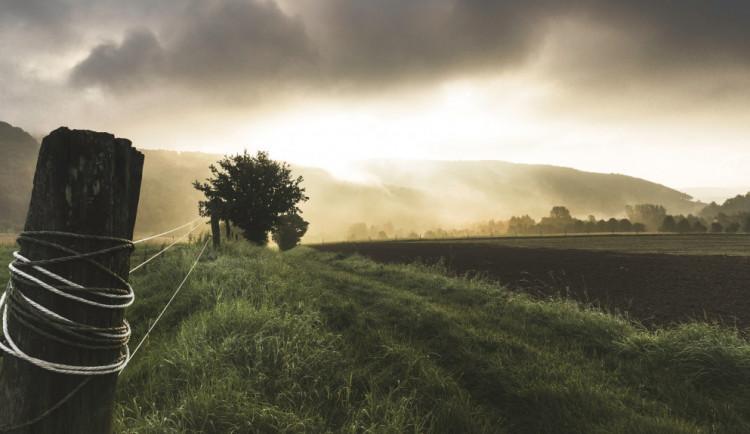 Extrémní srážky budou častěji, podle odborníků by pomohla hluboká orba