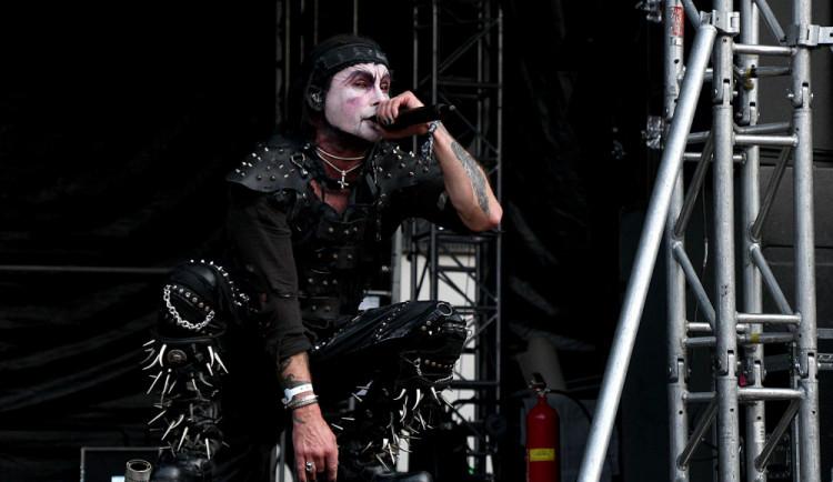 Cradle Of Filth na Metalfestu pomrkávali spíše po skalních fanoušcích. Byli ve skvělé formě.