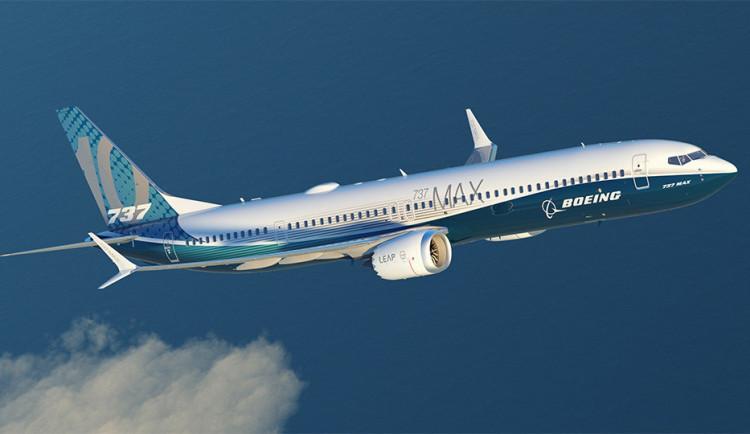 Šéf Boeingu připustil chyby, získat zpět důvěru potrvá