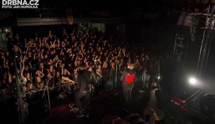 GLOSA: Vážně se na drahém koncertě světové kapely máme spokojit se špatným zvukem?