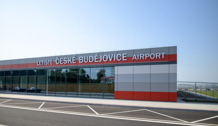 FOTO: Druhá etapa modernizce budějckého letiště je u konce. Zahájení ostrého provozu se blíží