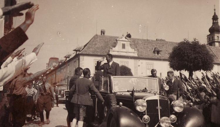 Hnutí První republika bojuje peticí proti čestnému občanství Konrada Henleina v Liberci