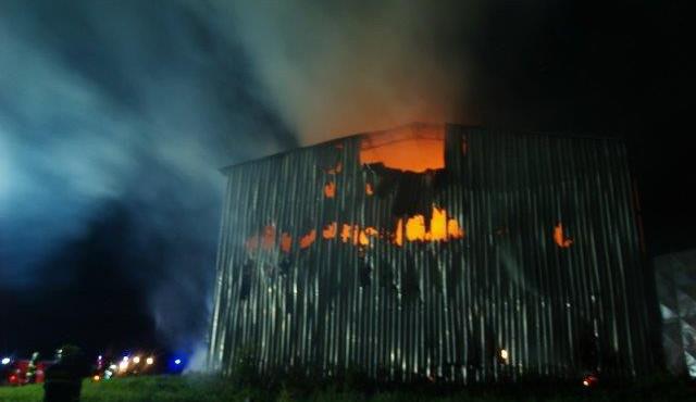 Hasiči likvidovali požár ve Slavonicích, vyhlášený byl druhý stupeň požárního poplachu