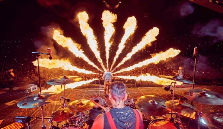 Dva koncerty kapely Rammstein neměly podle Prahy 10 povolení