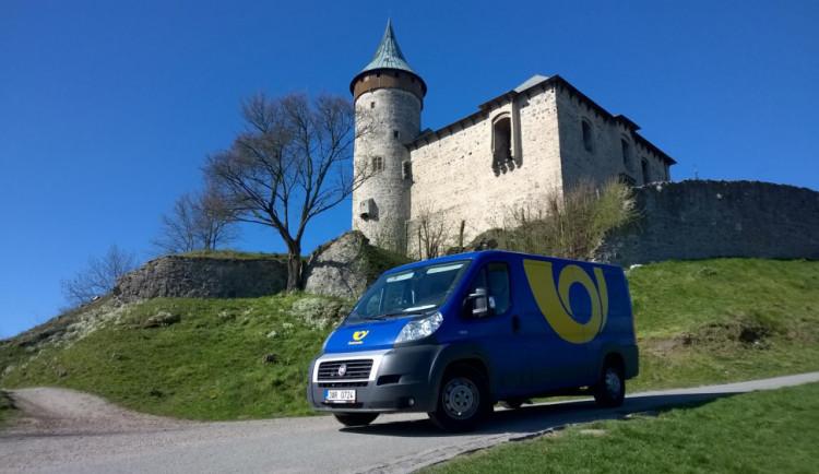 E-shopy si stěžují na Českou poštu, že špatně rozváží zásilky