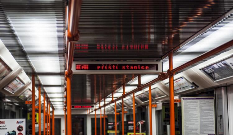 Gott by mohl mít svůj most, sál v Lucerně nebo stanici metra
